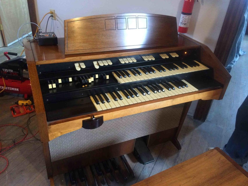 hammond organs other organs for sale. Black Bedroom Furniture Sets. Home Design Ideas